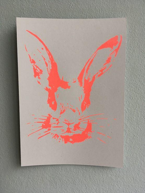 Postkarte_Häschen_neonrot_Kopf