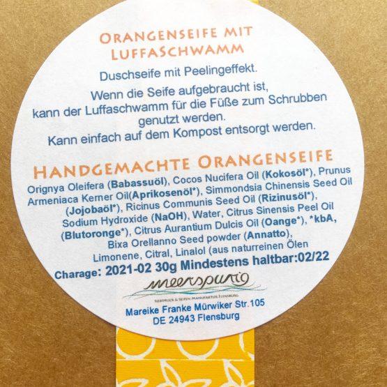 Orangenseife mit Schwamm